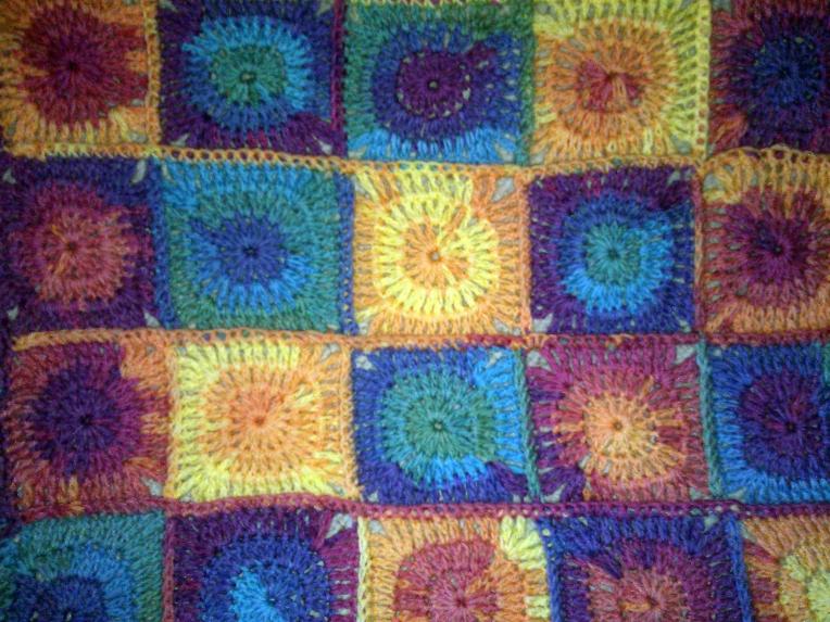 Crochet circles baby blanket